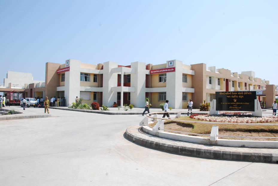 Smt. Malini Kishore Sanghavi Homoeopathic Medical College, Miyagaon, Vadodara Image