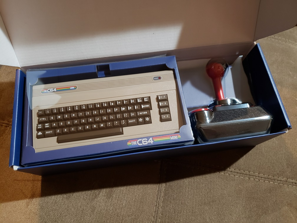 C64_mini_2.jpg