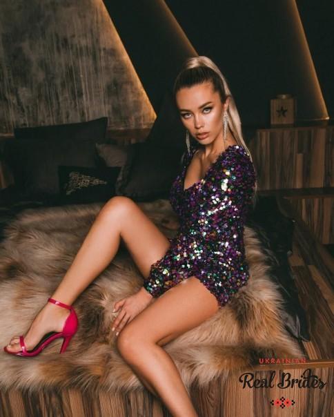 Photo gallery №8 Ukrainian lady Dilyara