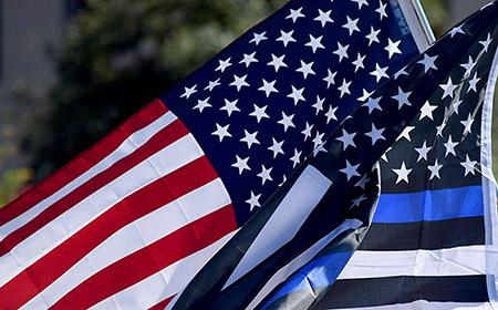 Las banderas conmemorativas (Thin Line)