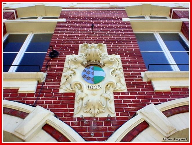 Facade mairie Haspres