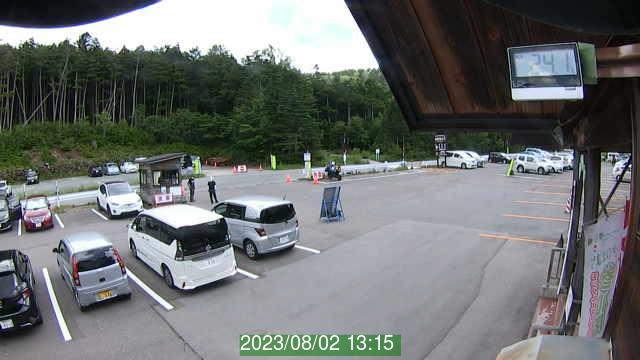 白駒池駐車場ライブカメラ2