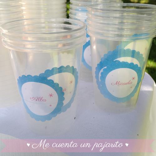 Pegatinas nombre vaso personalizadas del cumpleaños de Frozen con Elsa y Ana