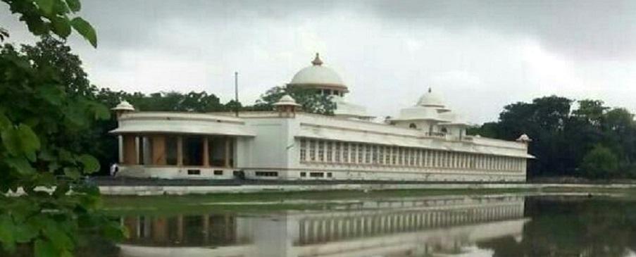 Shri Gulab Kunverba Ayurved Mahavidyalaya Image