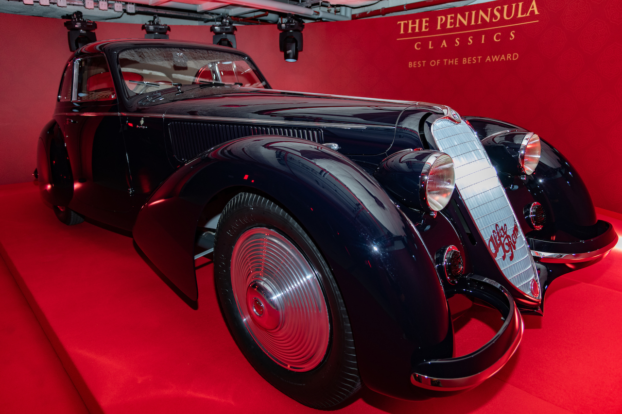 1937 Alfa Romeo 8C Wins Peninsula Classics Best of the Best Award