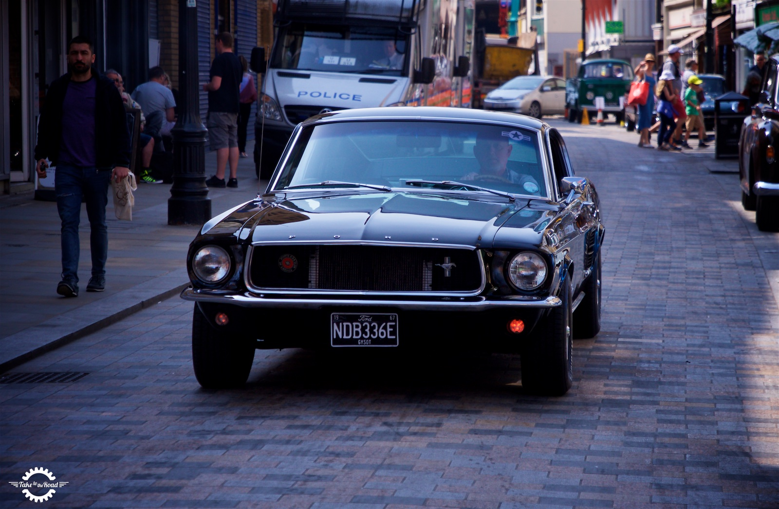Looking for an old school muscle car? Why you should consider a 1965 Mustang