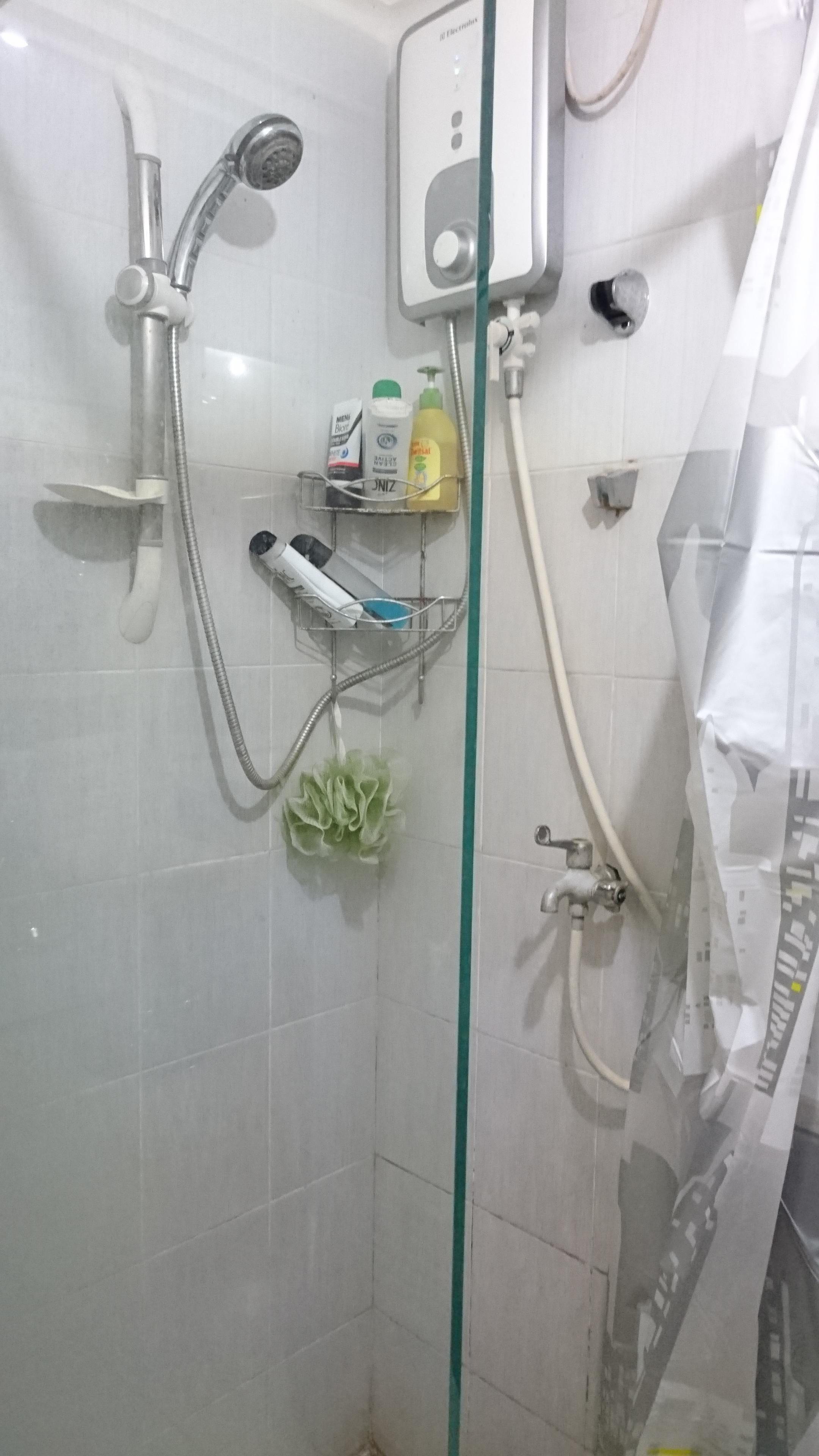 sayagusti - kamar mandi