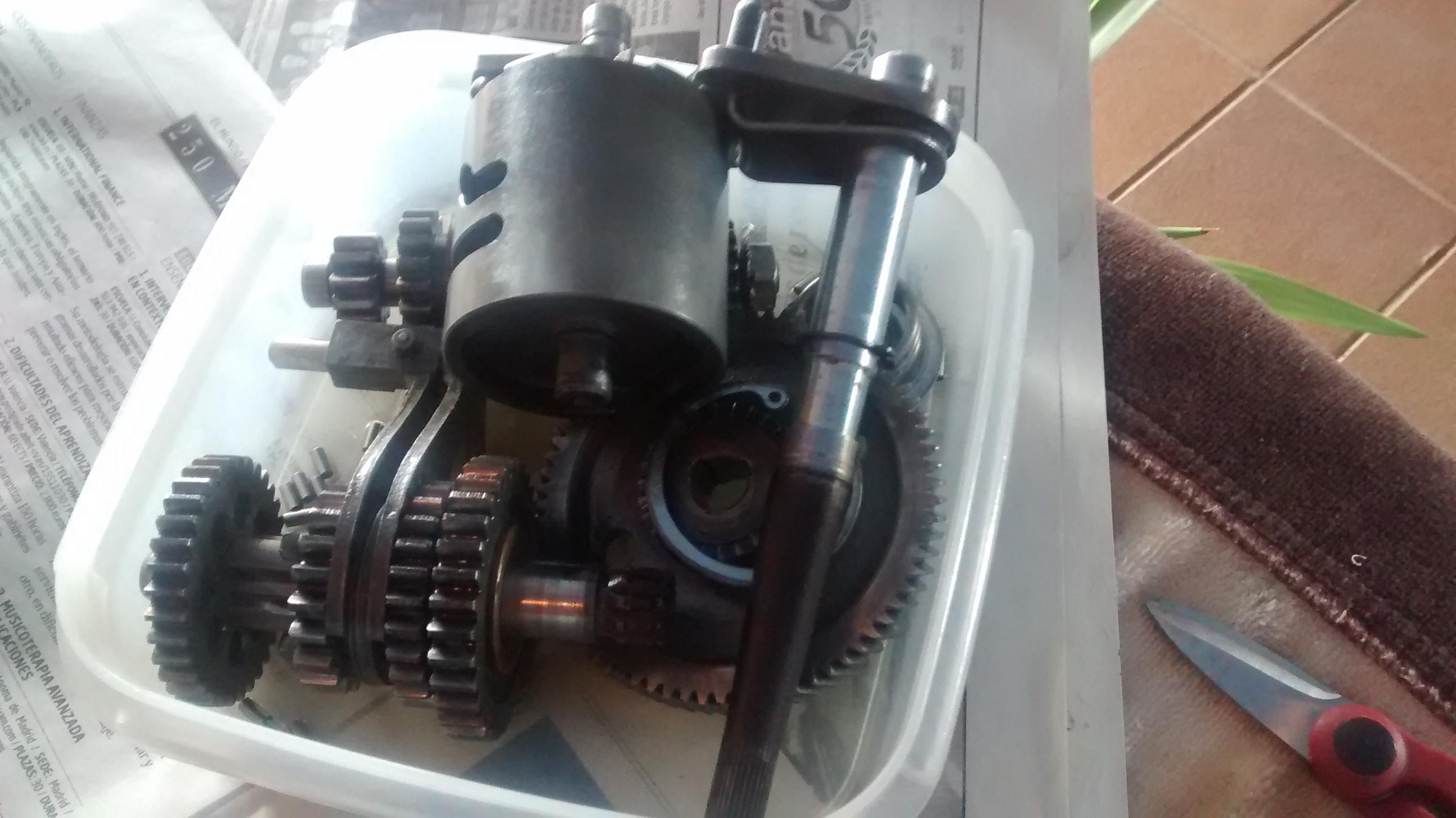 Puch Varias - Sacar Adelante Motor 4v. Motor087