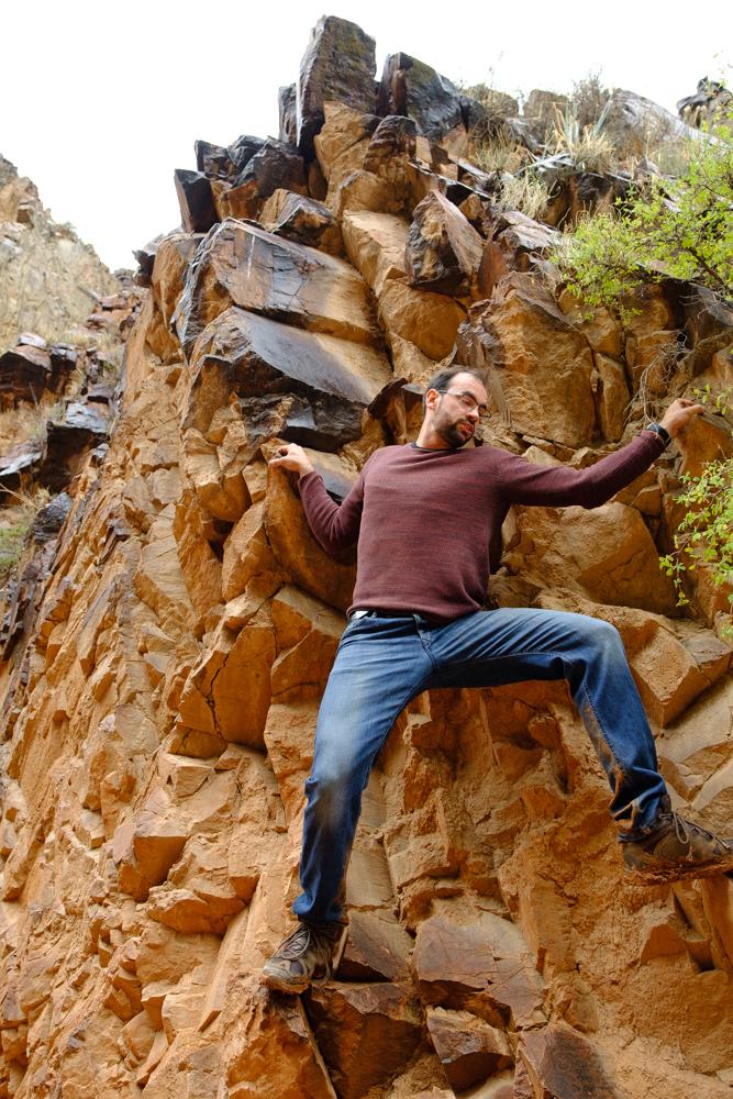 Speeltijd in de Konerchek Canyon. We wandelden een heel stuk de kloof in, met verplichte en niet-verplichte klimsessies.