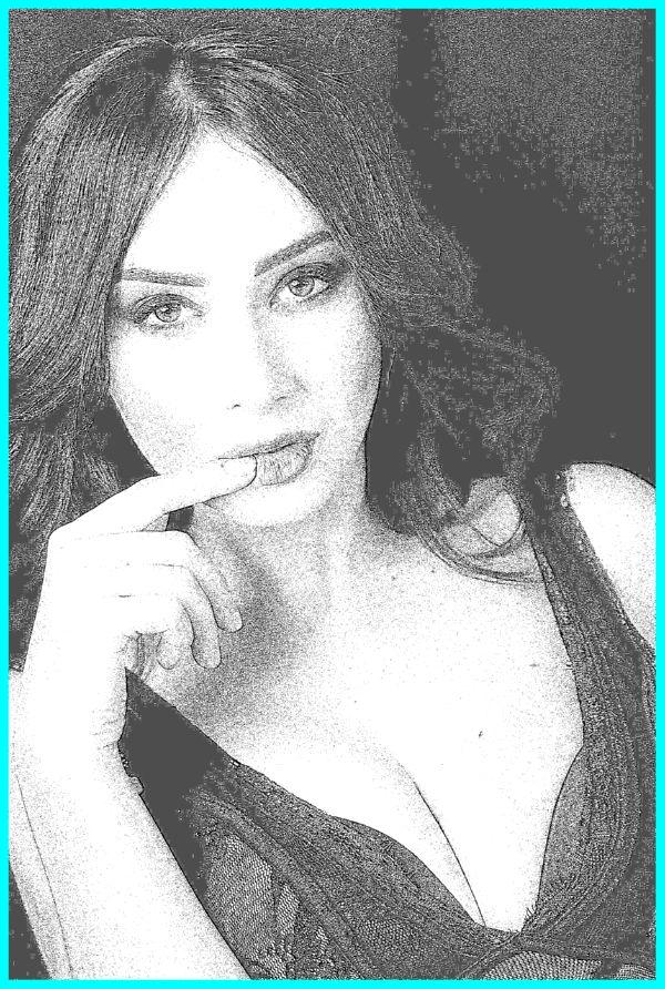 Holly Hanna Escort
