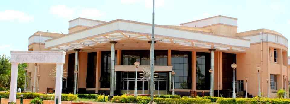Pondicherry Engineering College Image