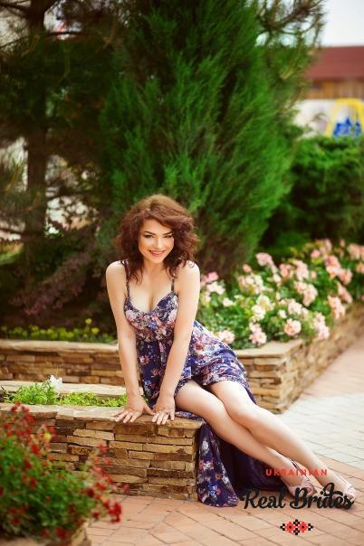 Photo gallery №6 Ukrainian women Yuliya