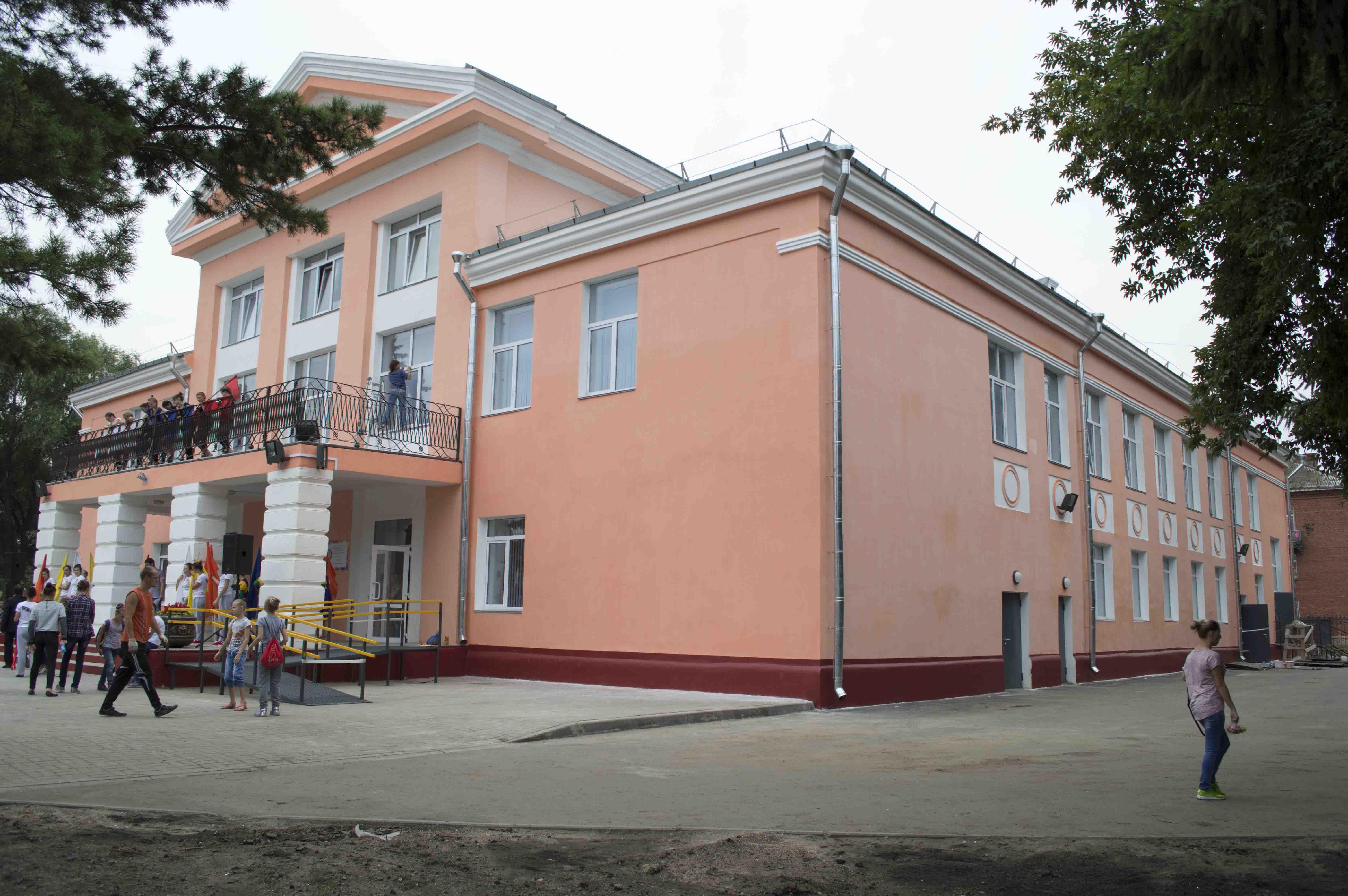 смогли спасти открытие кировского дк омск фото в помещении для