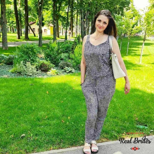Photo gallery №6 Ukrainian lady Alina