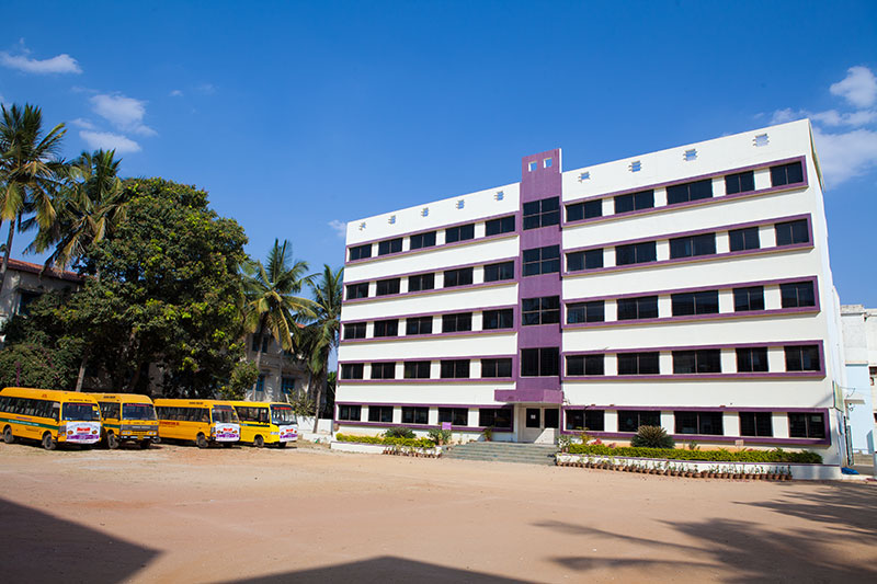 Dhanwantari Nursing College Image