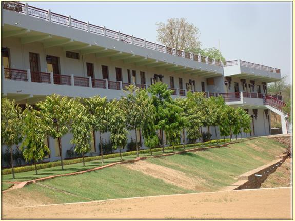 Gwalior Nursing College, Gwalior Image