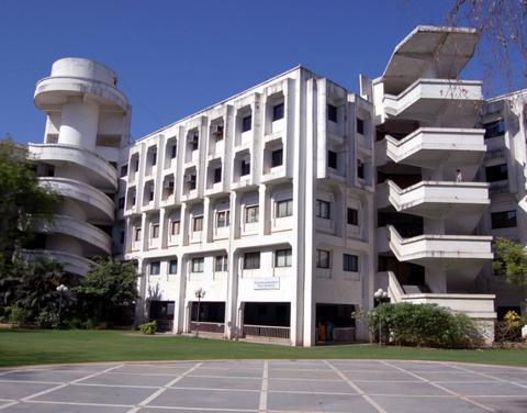 Gls (Shailesh R. Parikh) Institute Of Computer Technology