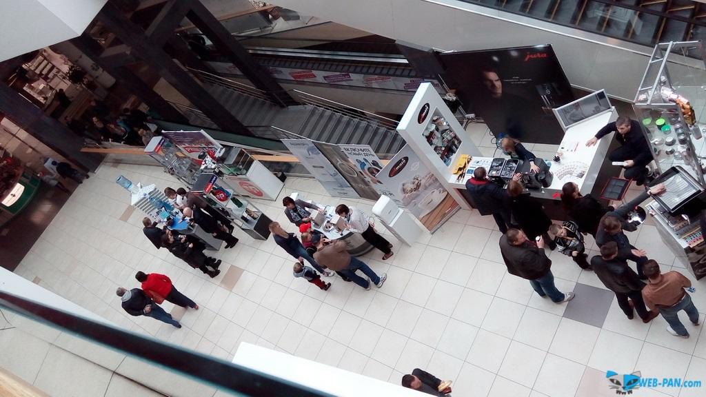 Кофейный праздник фото сверху, с парапета. Фото 6