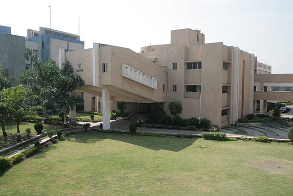 Surat Municipal Institute of Medical Education and Research Image