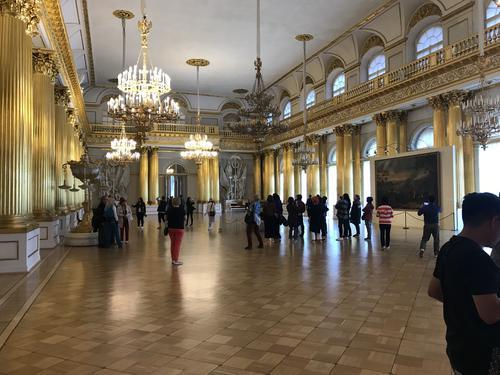 big-room