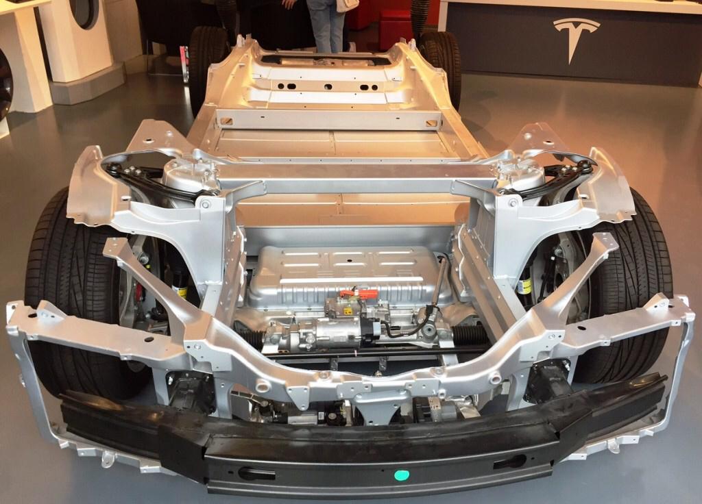 Tesla Model S internals