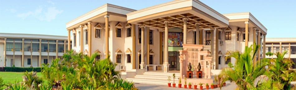 Raman Bhakta School of Architecture, Surat