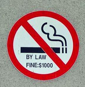 Znak zakazu palenia tytoniu by law $1000