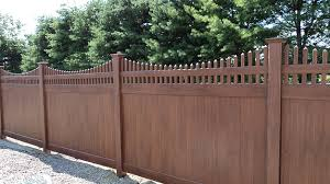 vinyl scalloped fence Image
