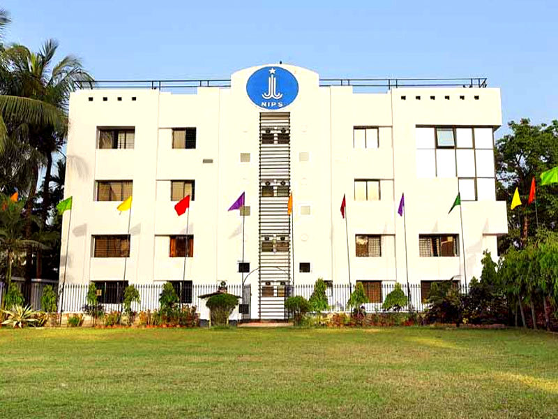 NIPS School of Management Image
