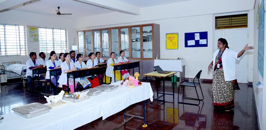 Padmashree Institute of Nursing Image