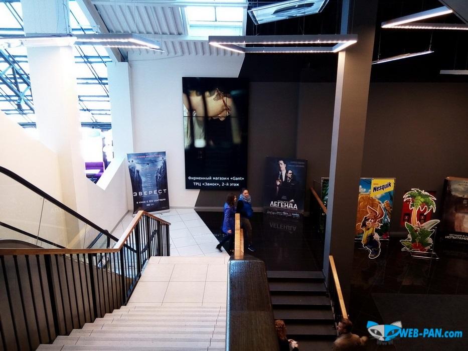 Силверскрин-Галилео спуск в холл кинотеатра, мобайлеры, постеры, экраны и установки рекламные новых фильмов! Фото 2