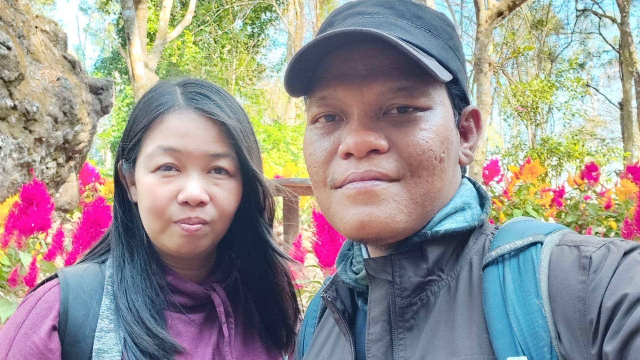 pergi liburan sebagai hadiah ulang tahun untuk pasangan