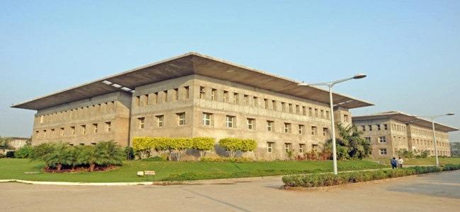 United World School Of Law