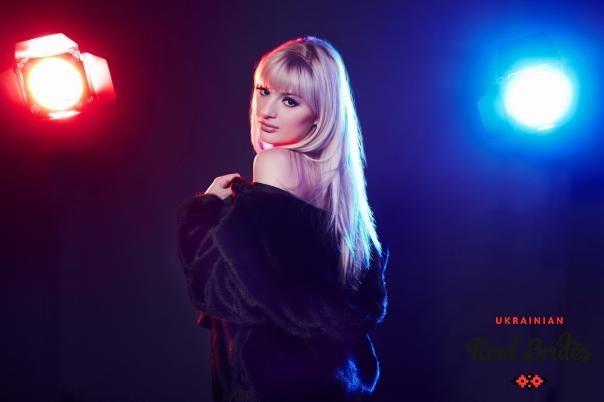 Photo gallery №3 Ukrainian lady Marina