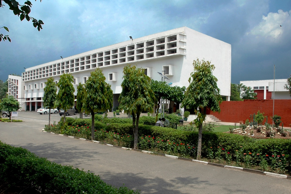 Post Graduate Government College for Girls, Sector - 11, Chandigarh Image
