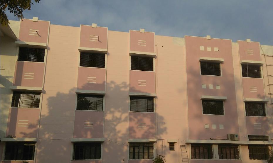 Karmvir Vyanketrao Tanaji Randhir, Ayurved College Image
