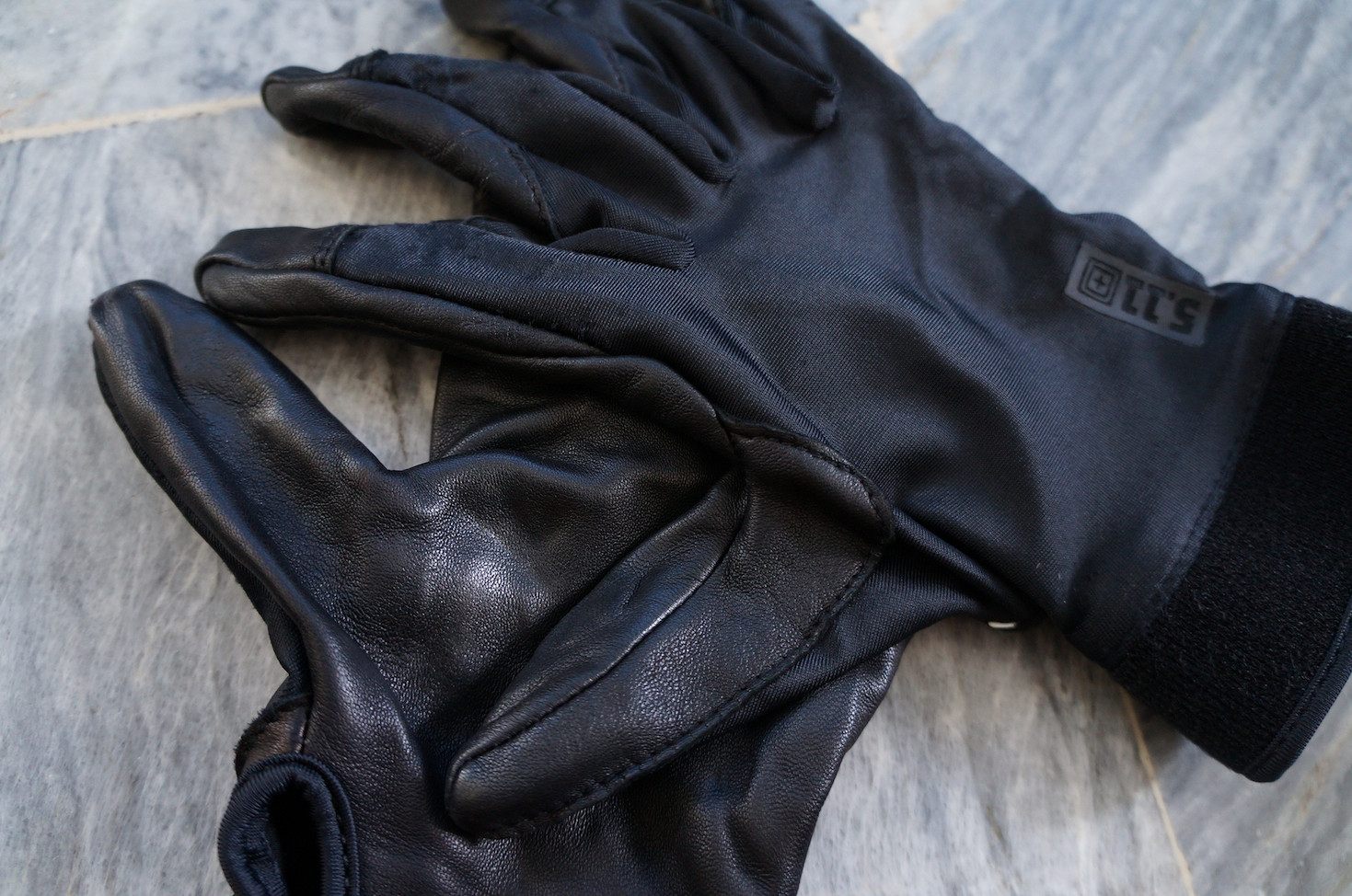 5.11 leather gloves