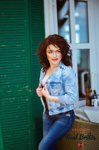 Photo gallery №10 Ukrainian women Yuliya