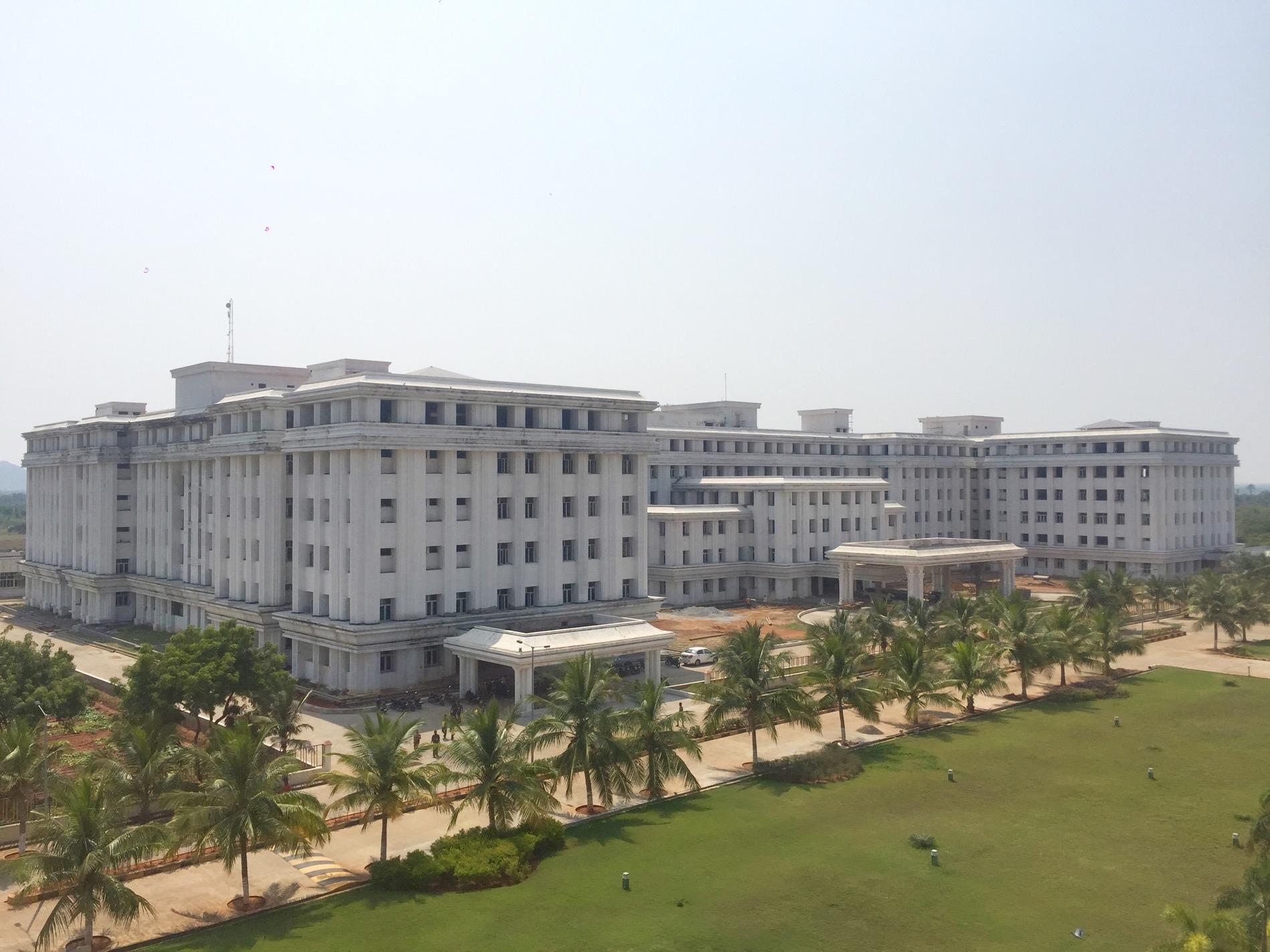 Melmaruvathur Adhiparasakthi Institute of Medical Sciences and Research, Kanchipuram Image