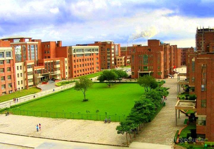 Amity School of Communication, Noida