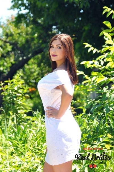 Photo gallery №12 Ukrainian bride Yaroslava