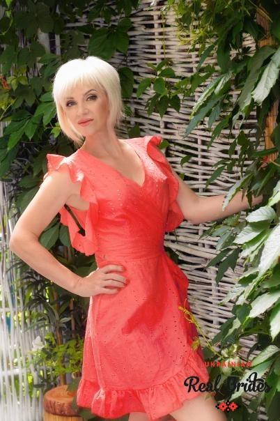Photo gallery №1 Ukrainian women Larysa