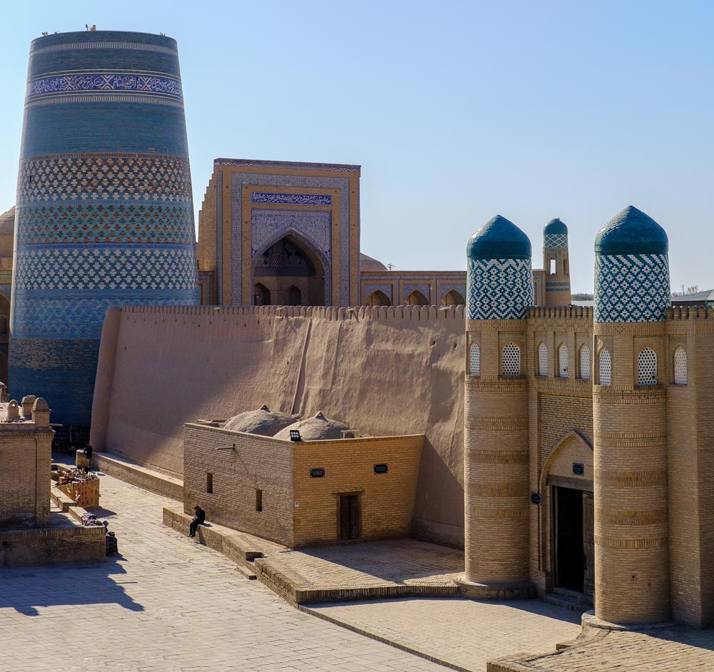 minaret en gebouwn in khiva