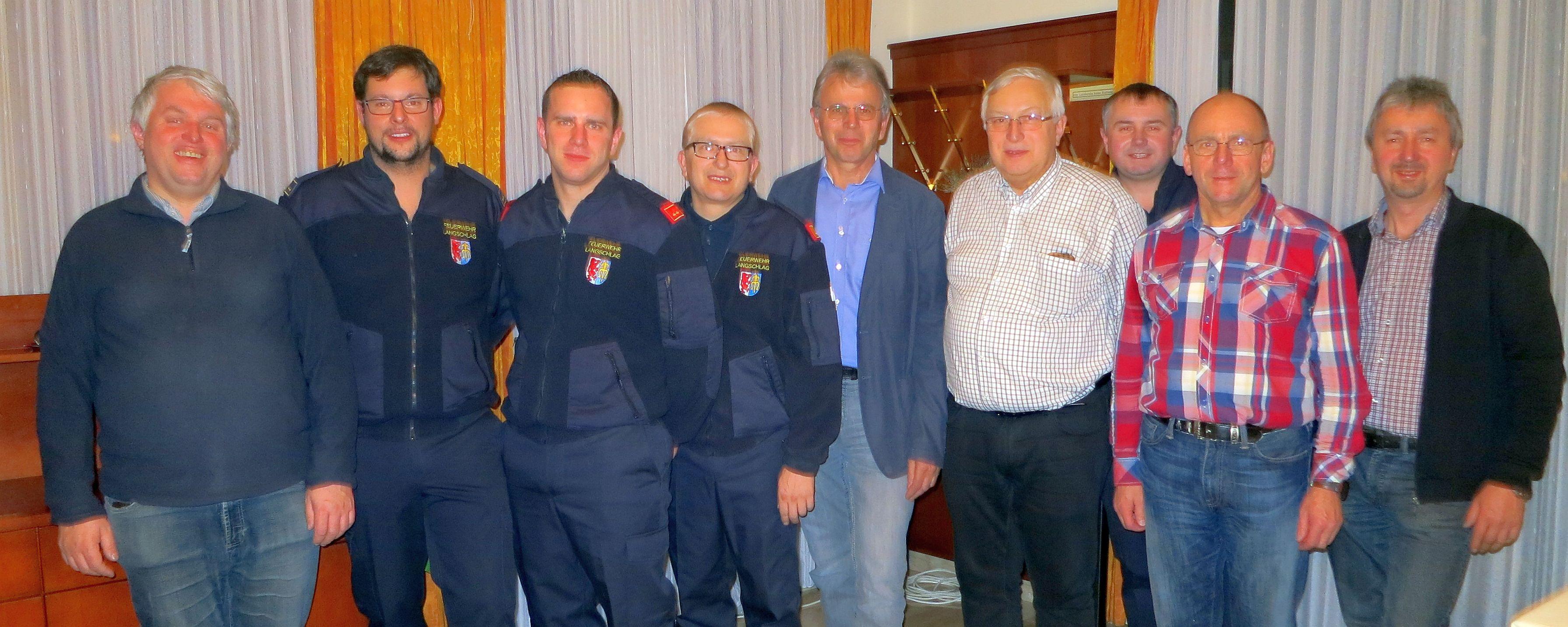 von links: FKur Mag. Bühringer Andreas, OV Leopoldseder Markus,  Kdt. StV OBI Eder Mario, Kdt. ABI Laister Sigmun,  Bgm Gottsbachner Herbert,