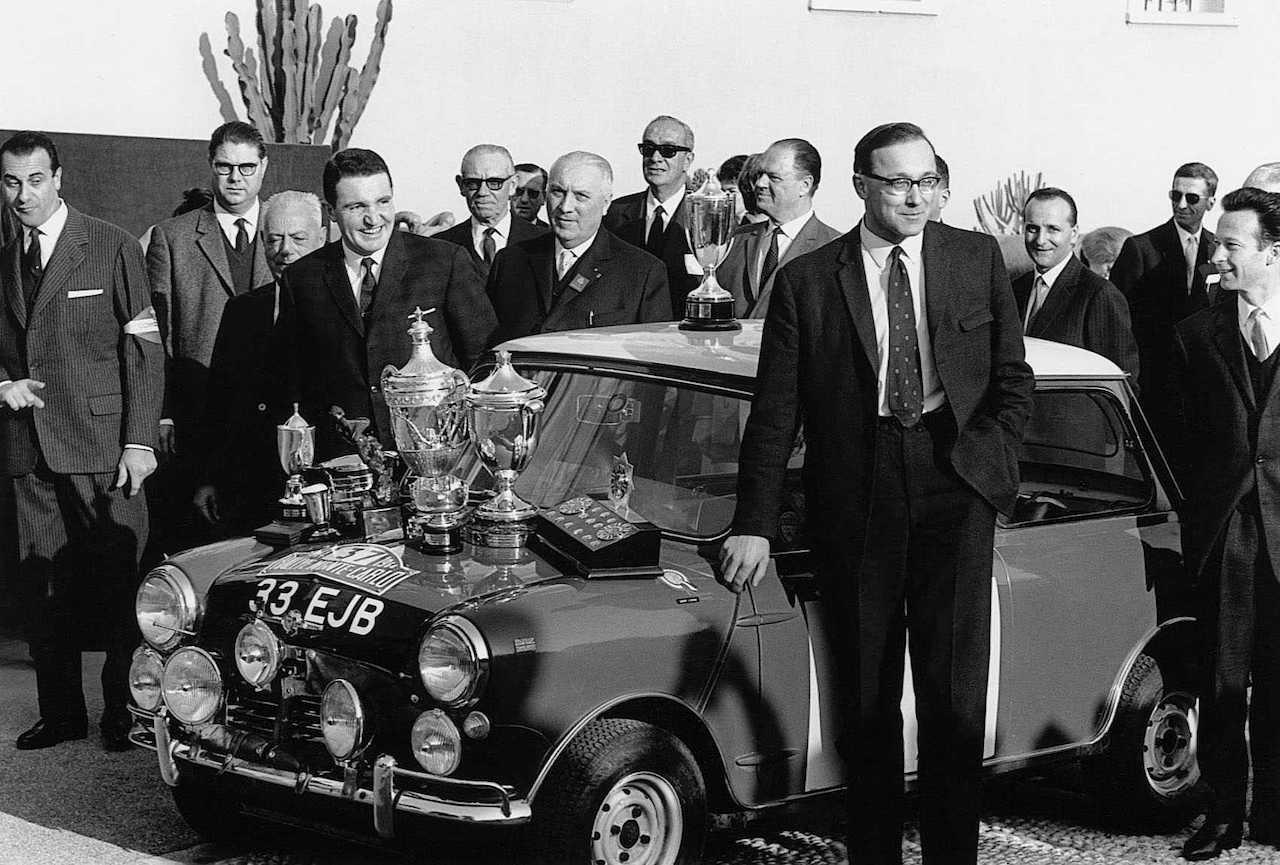 Record 60 Minis race to mark Diamond Anniversary