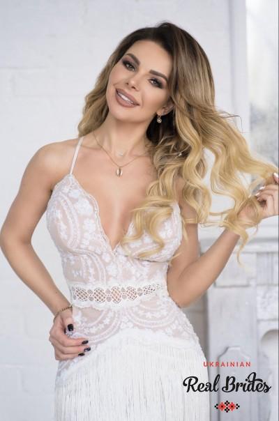 Photo gallery №11 Ukrainian bride Elena