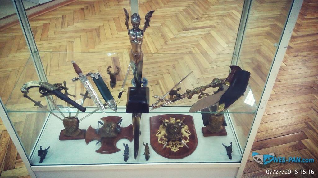 Ножи и сувенирка из металла, от наших ремесленных мастеров!