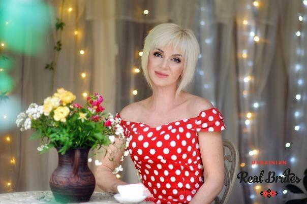 Photo gallery №3 Ukrainian women Larysa