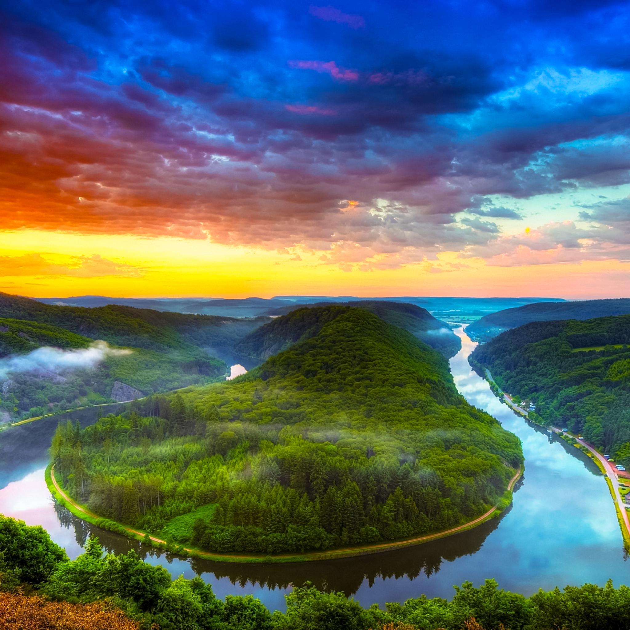 ★ Majestic River Bend by @RetinaiPadWalls on twitter.jpg