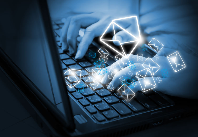 etika penulisan email